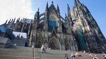 Cologne & Limburg Full-Day Tour