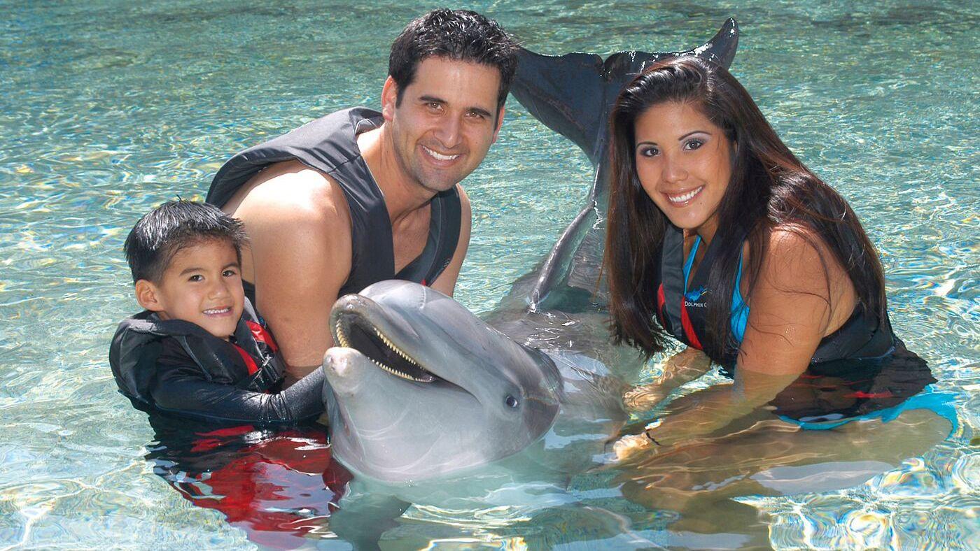 45-Minute Encounter Deluxe Dolphin Swim