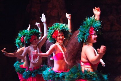 Drums of the Pacific Luau at the Hyatt Regency Resort