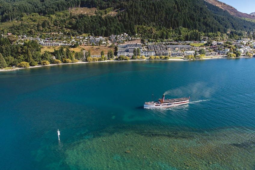 TSS Earnslaw Cruise, Walter Peak Farm Tour & Barbecue Lunch