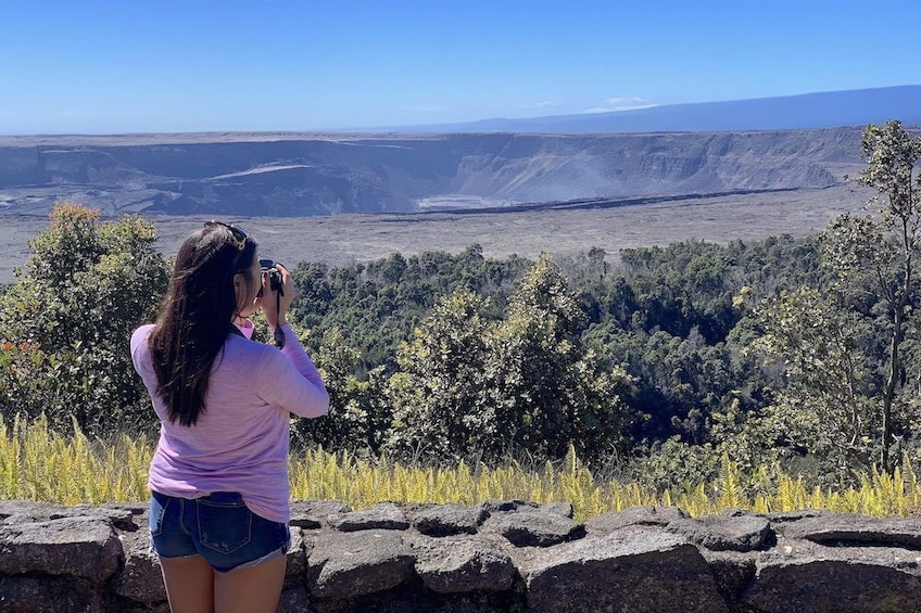 Big Island in a Day: Volcanoes, Waterfalls, Small Group Tour