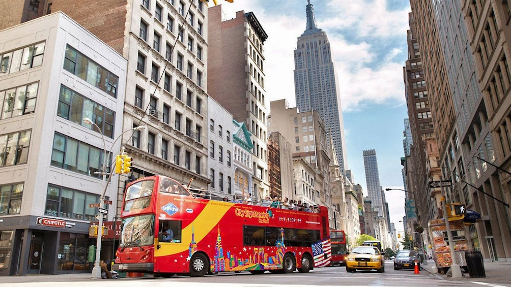 red tour bus in new york