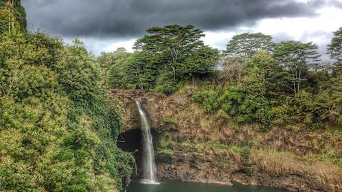Waterfall in beautiful Big Island