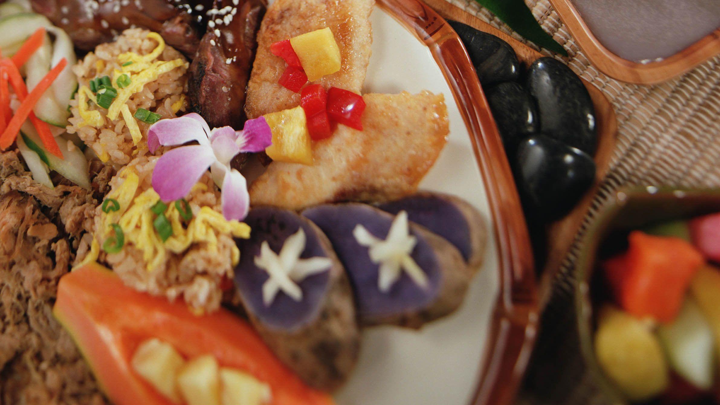 plate of food at luau in Kauai