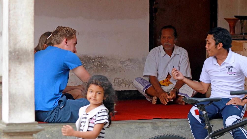 Tampilkan item 2 dari 9. Tourists on a tour of Bali