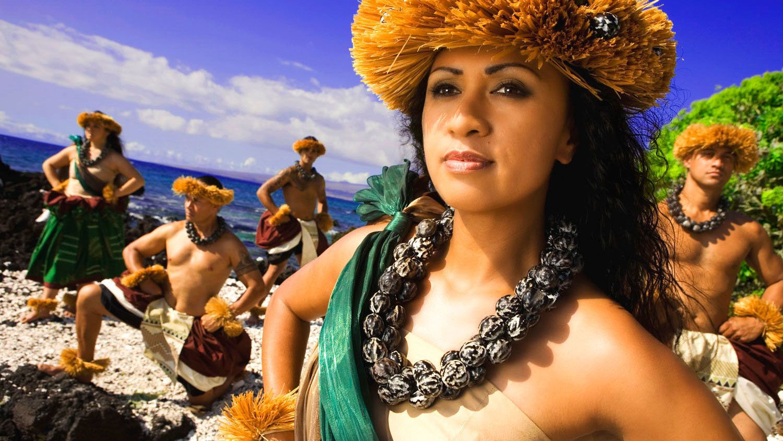 Island Breeze Luau at the King Kamehameha Hotel