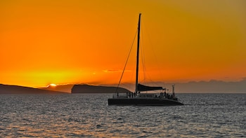 Adventure Sunset Sailing Cruise from Makena