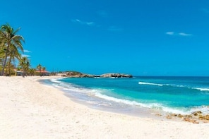 Private 7-Night Luxury Vacation in Haitian Cape