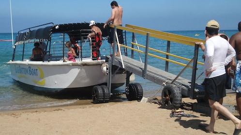 Group boarding a boat on Big island