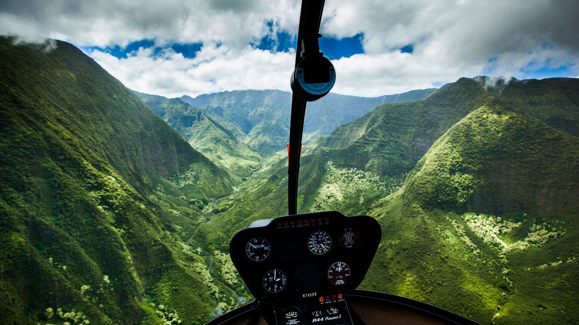 Path to Pali Helicopter Tour