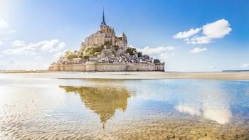 Excursion au Mont-Saint-Michel : abbaye, cloîtres et dégustation de cidre