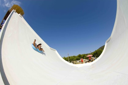 Combo Park Tour: Marineland & Western Water Park with Transportation