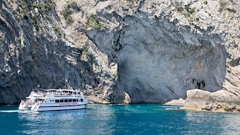 Formentor Beach Scenic Cruise