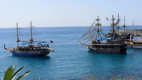 Two schooners in a harbor