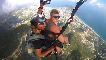 Paragliding Experience along the Turkish Coast