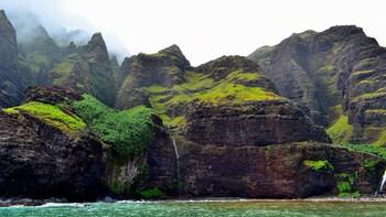 Na Pali Rafting and Snorkeling Adventure