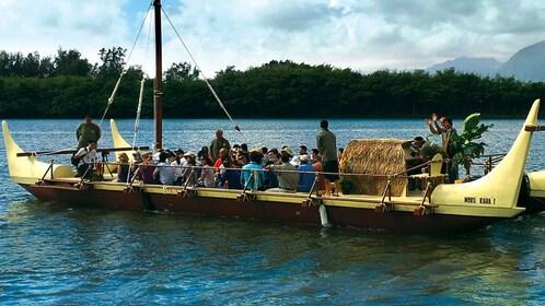 Catamaran tour of Kaneohe Bay in Oahu