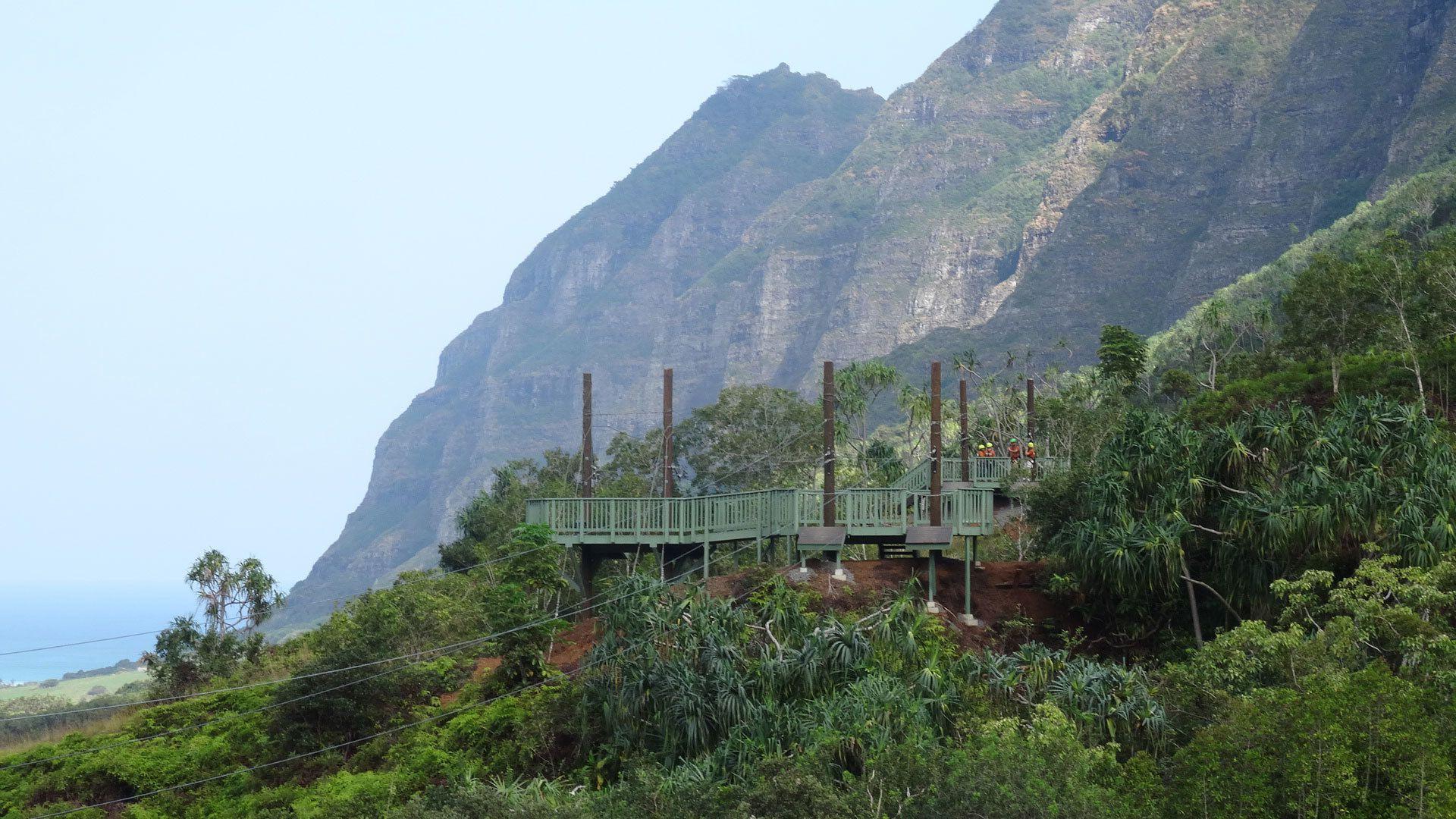 Zipline launch platform and mountains on Oahu