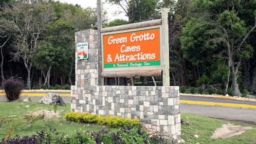 Park sign for Green Grotto Cave in Jamaica