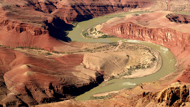 Colorado River flows through the valley floor of the Grand Canyon