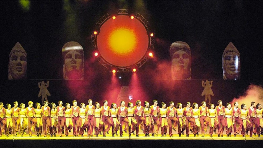 Apri foto 2 di 5. Stunning stage view of many performers at the Fire of Anatolia in Turkey