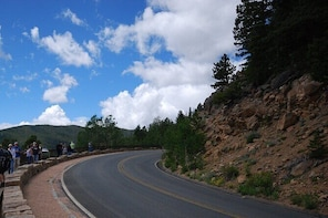 Listen to a Tour Guide as you Drive between Kamloops and Vancouver