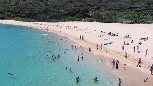 Beachgoers on the North Shore on Oahu