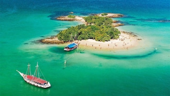 Angra dos Reis Full-Day from Rio with Boat Ride & Lunch