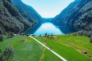 RIB fjord tour to Fyksesund with guided walk in the hamlet Botnen