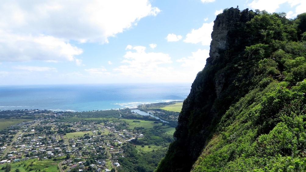 view half way up Nounou Mountain on Kauai