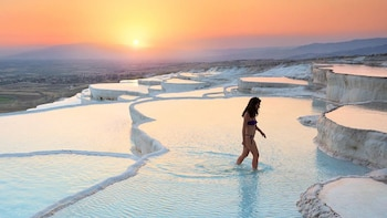 Pamukkale & Hierapolis Day Tour with Lunch & Dinner