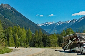 Listen to a Tour Guide as You Drive Between Kamloops & Revelstoke