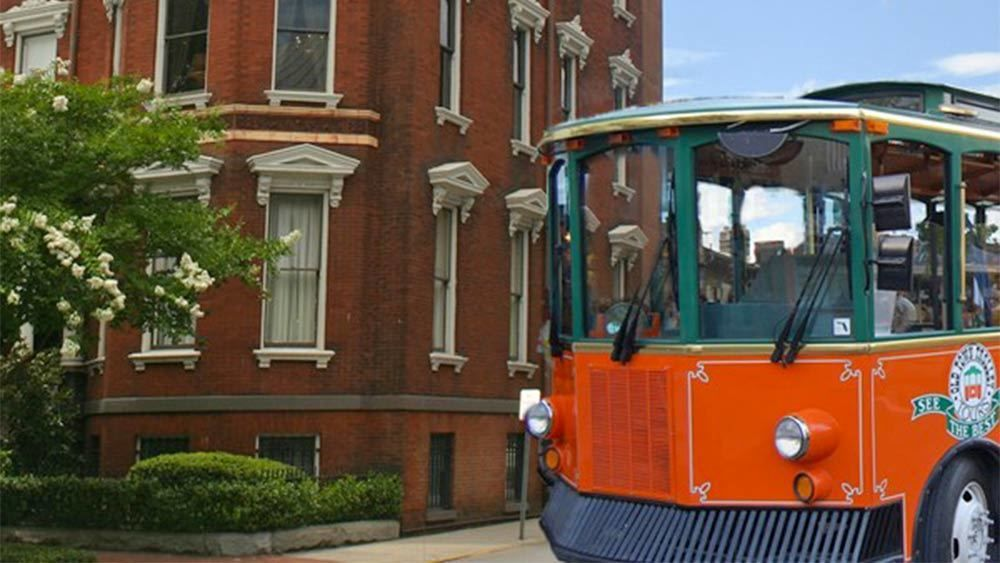 Trolley Tour and Ghost Tour Combo in Savannah, GA