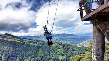 5-Day Quilotoa Lagoon, Baños, Antisana & Chimborazo Volcano Adventure