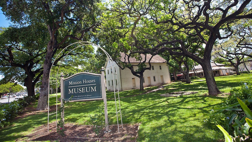 Show item 5 of 8. Mission House museum in Oahu