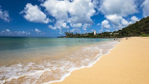 Waimea Beach in Oahu
