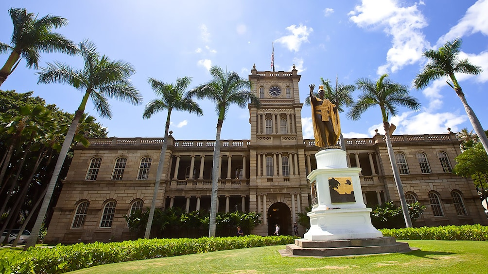 Show item 4 of 9. King Kamehameha Statue at Aliiolani Hale in Oahu
