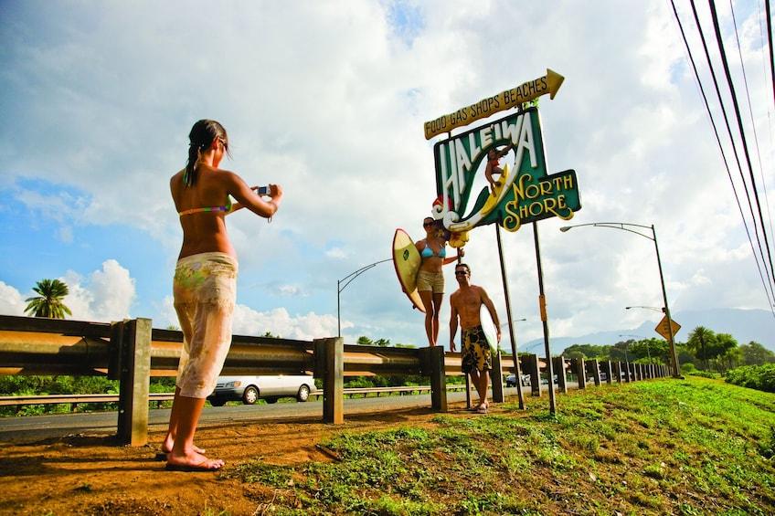 Show item 2 of 9. Oahu Grand Circle Island Tour