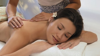 Massage Treatments at the Mandara Spa
