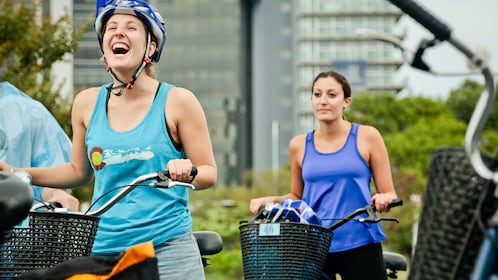 Ladies having fun on the Ultimate City Tour by Bike in Buenos Aires