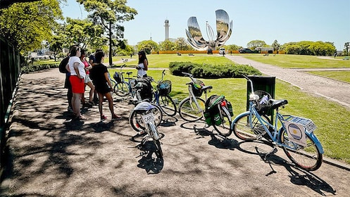 Day view of the Ultimate City Tour by Bike in Buenos Aires