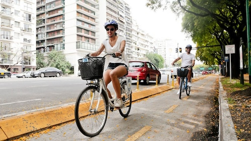 Parks and Plazas Bike Tour in Buenos Aires