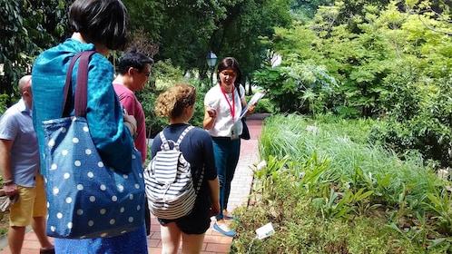 Group with tour guide on the Battlebox and Fort Canning Hill tour in Singapore