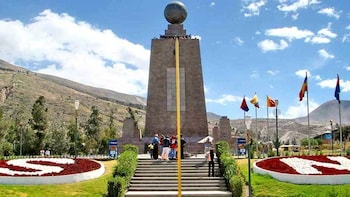 Daily departures: Mitad del Mundo Half-day Small Groups Tour