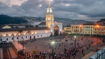 Quito Old District Tour with Panecillo Hill