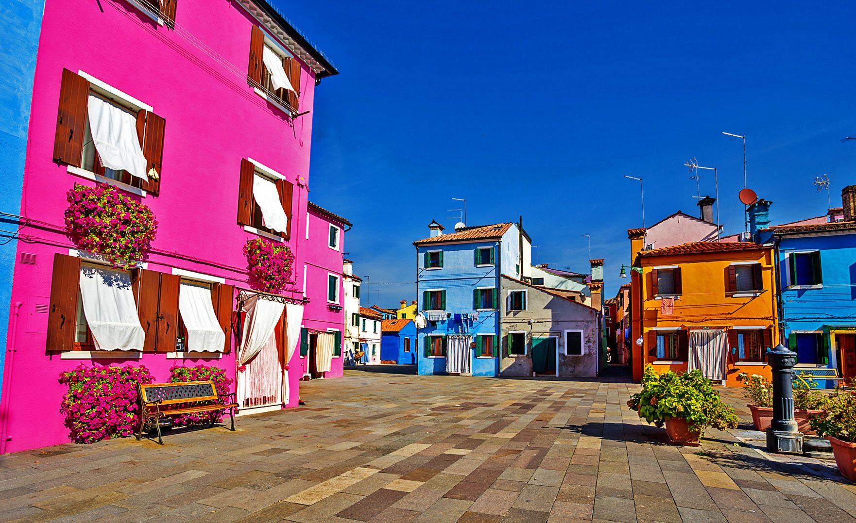 Combo: Murano,Burano & Torcello & Venice Tour & Gondola Ride