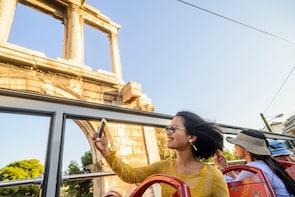 """Excursão pela costa: passeio de ônibus """"hop-on/hop-off"""" em Atenas..."""