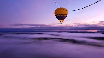 Classic Hot Air Balloon Flight with Breakfast