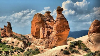 Red Tour (Goreme Open Air Museum & Fairy Chimneys)
