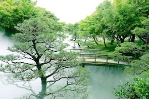 Yushien Garden & Cape Mihonoseki Half Day Private Tour